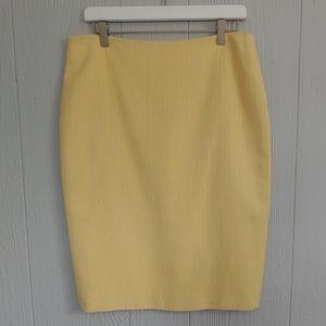 Escada Boucle Classic $650 Skirt NWT